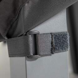 Housse de protection chaise de jardin noire | COV'UP