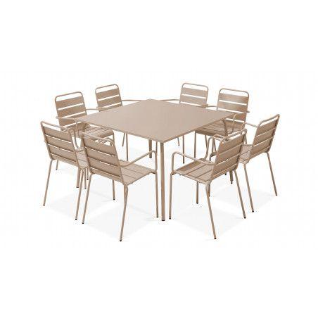 Table carrée intérieure et 8 fauteuils beiges