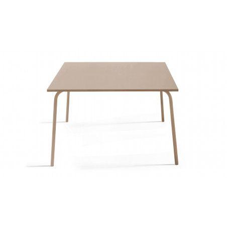 Table intérieure carrée beige