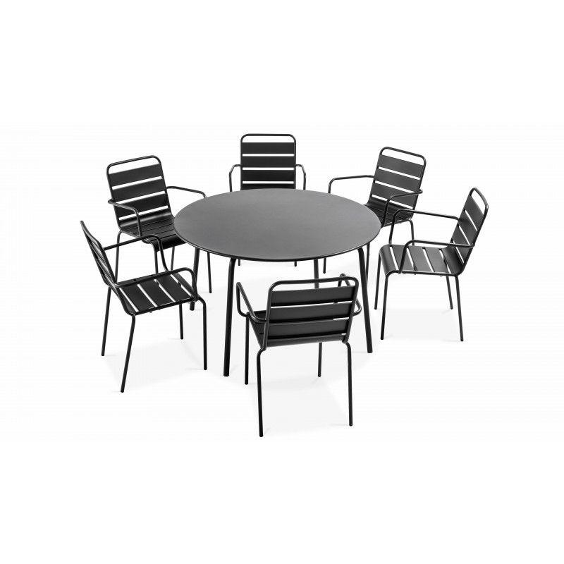 Table ronde intérieure et 6 fauteuils