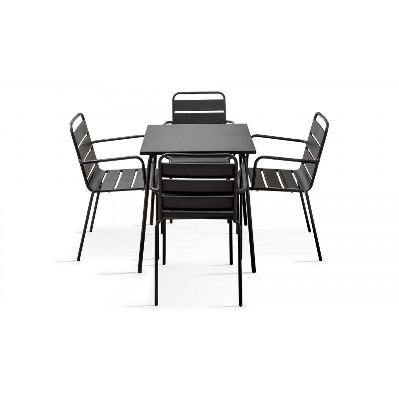 Table carrée intérieure en métal et 4 chaises