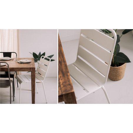 Chaise design métal intérieur