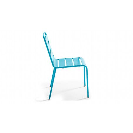 chaise bleue metal