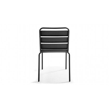 Chaise grise en métal