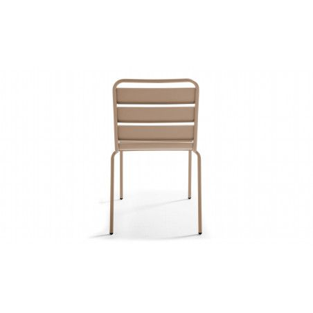 Chaise beige en métal