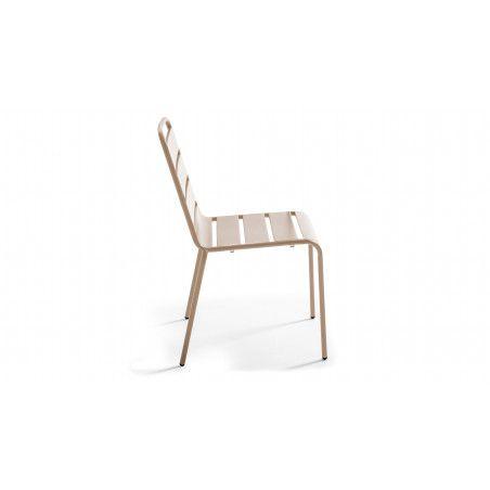 Chaise industrielle beige