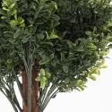 Focus plante artificielle buis sur tronc