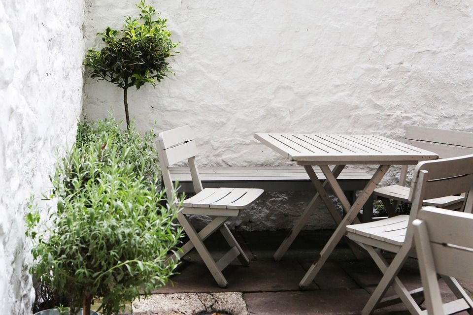 table et chaise jardin scandinave
