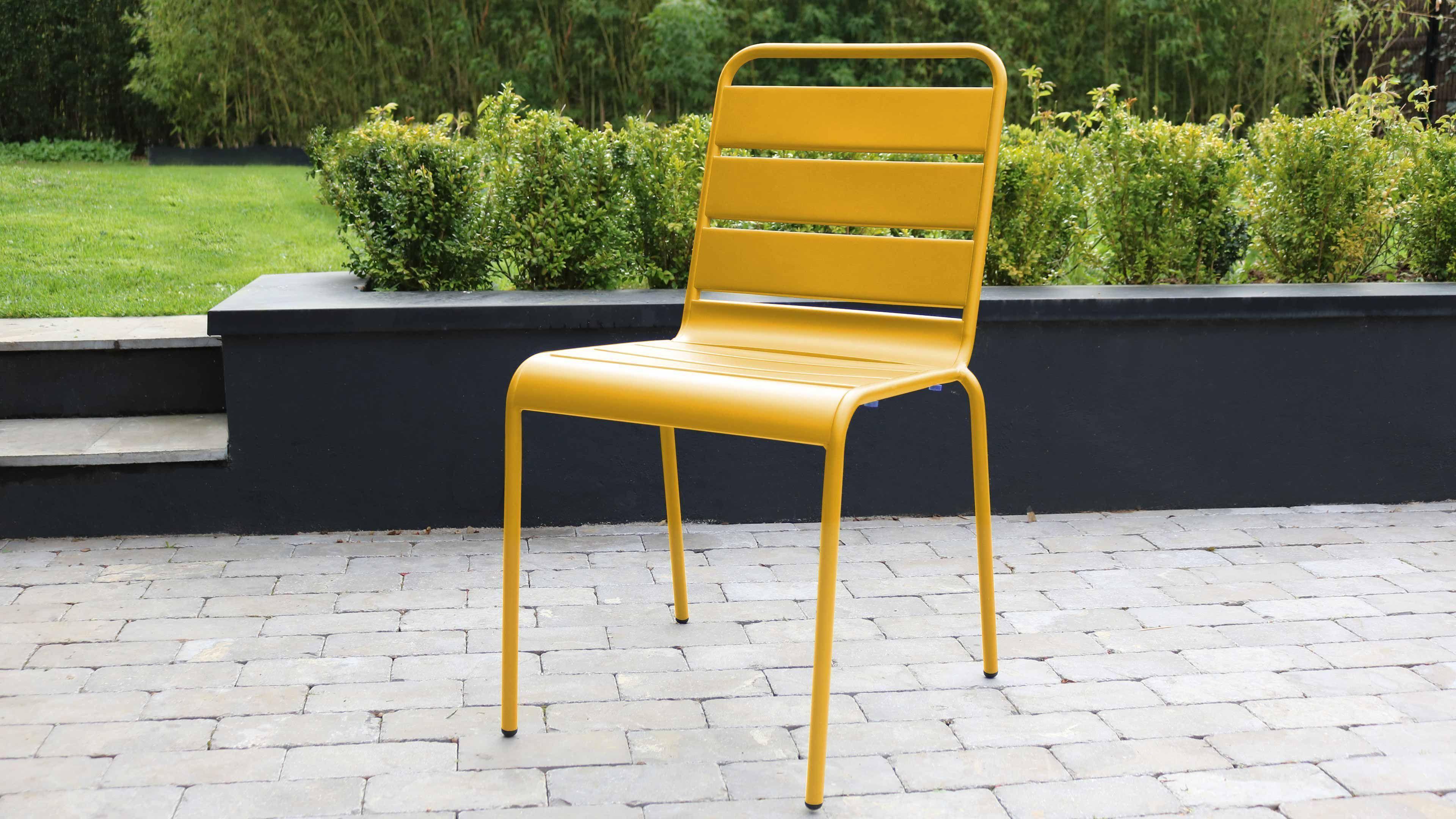 Décoration De Terrasse Extérieure idée décoration de jardin : le jaune s'invite sur votre