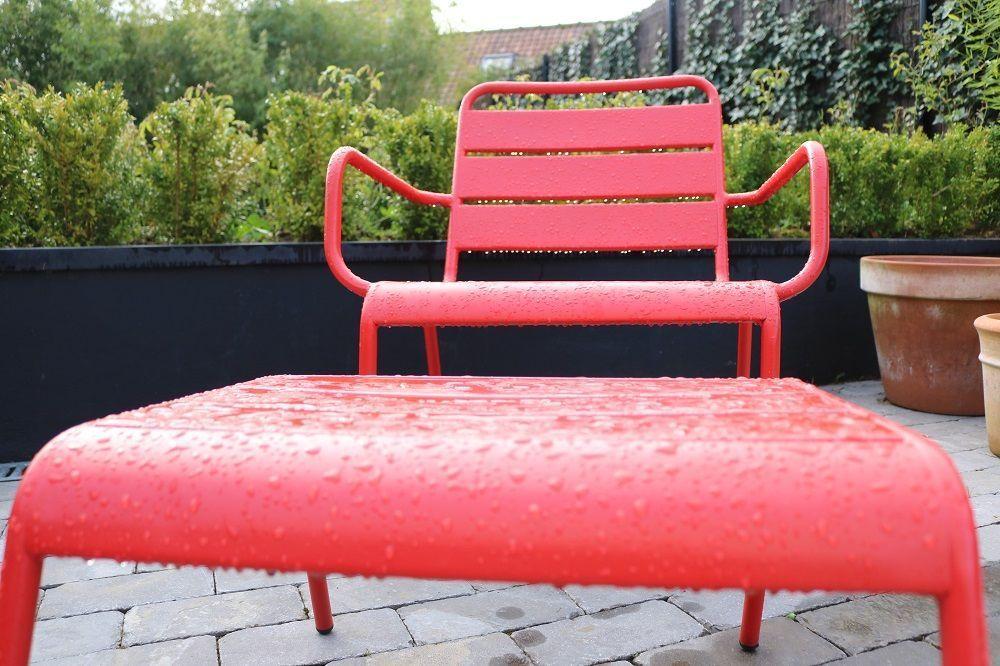 Salon de jardin : le rouge nous inspire pour un extérieur coloré ...