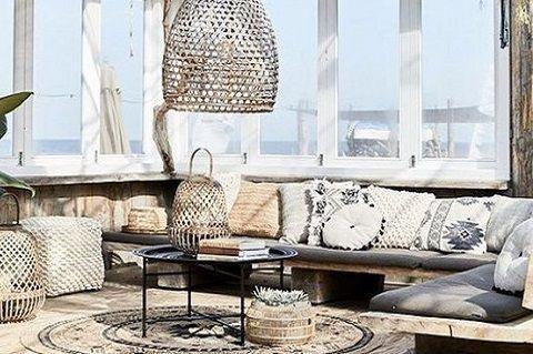 Quel mobilier de jardin pour une terrasse en bord de mer