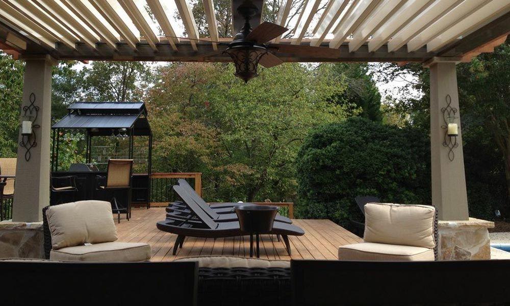 Salon de jardin en résine : les idées déco - Oviala