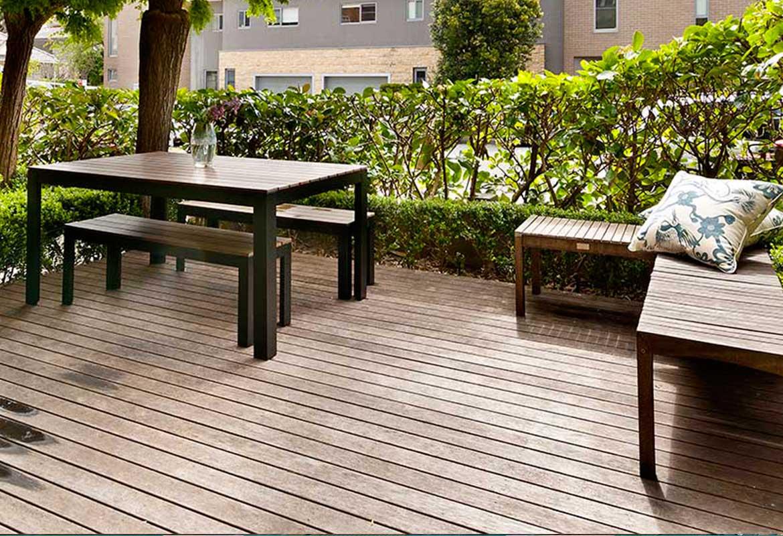 Salon de jardin en bois : les modèles - Oviala