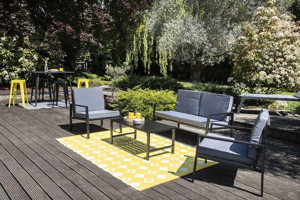 Déco de jardin : le tapis d\'extérieur pour changer d\'ambiance - Oviala