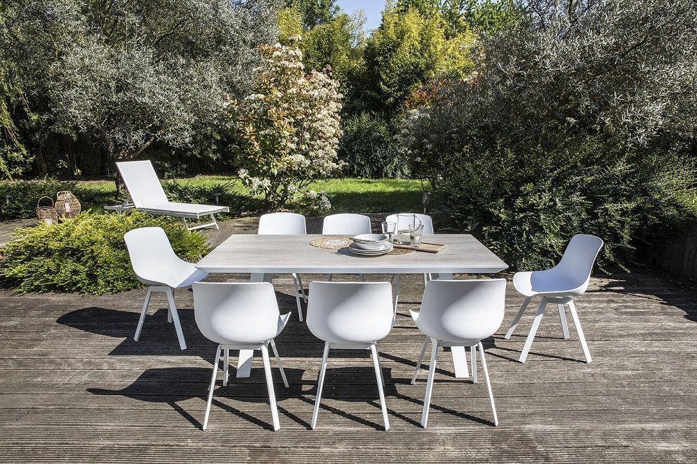 table de jardin scandinave